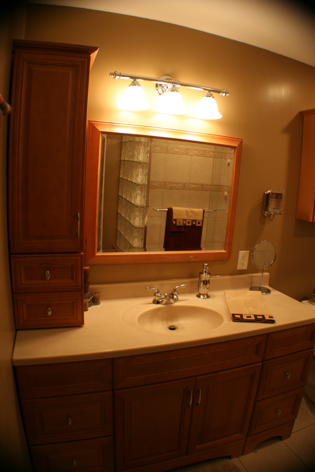 godefroid-hall-bathroom-4
