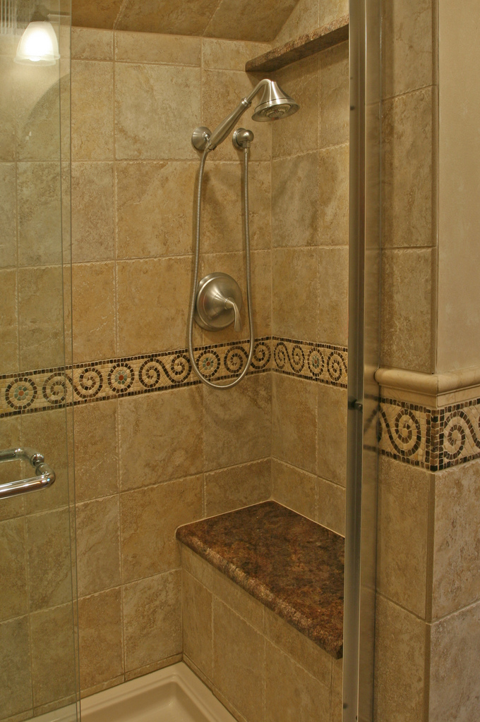 tan-porcelain-with-bench-shower
