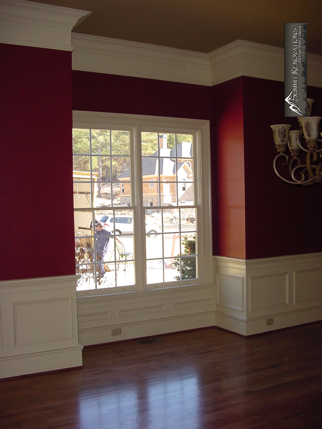 elegant-dining-room-wainscotting-and-3pc-cove-crown